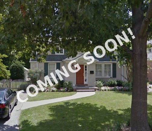 Cape Cod Charmer in Maplewood